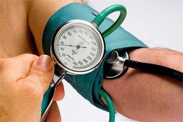 повышенное давление холестерин