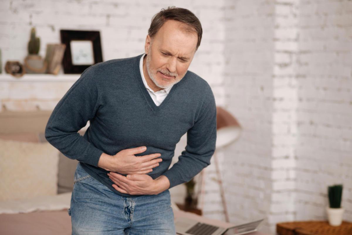 Болит живот: причины и симптомы