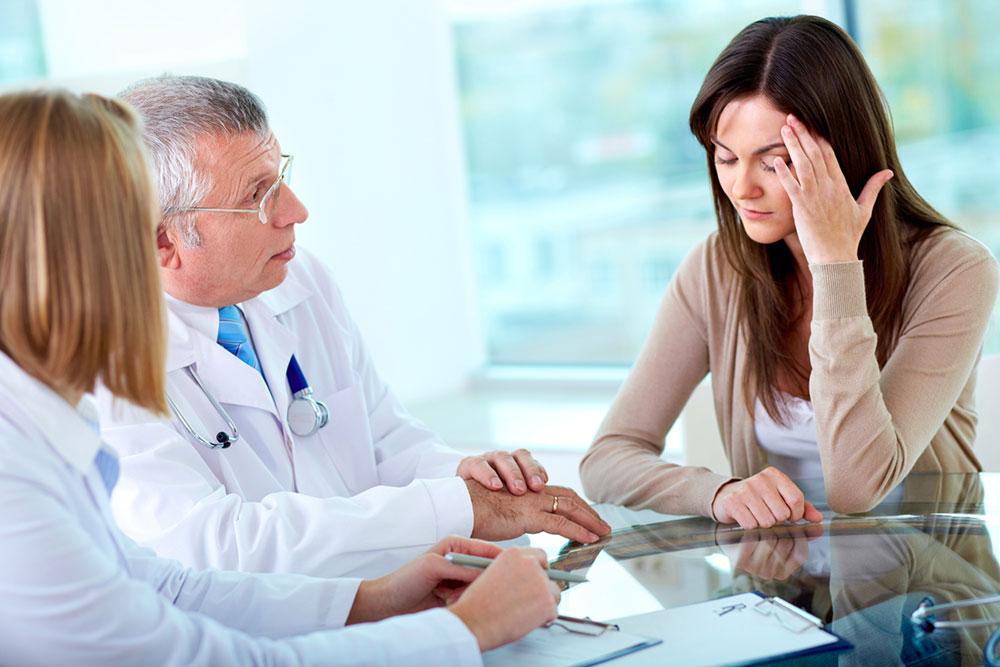 Микроинсульт у женщин: первые симптомы