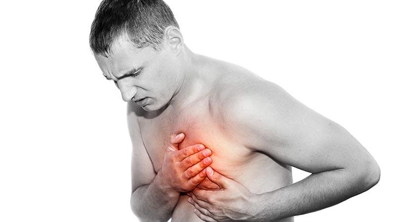 Причины боли в груди слева